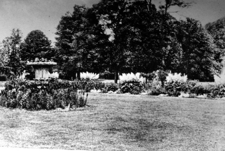 Rose Hill School, Garden