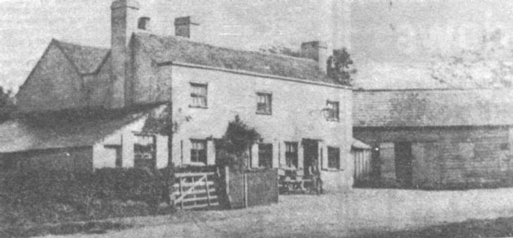 Fox Hotel, Lower Kingswood