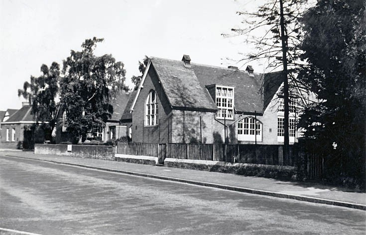 Village School  Banstead High Street