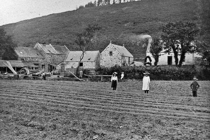 3 Glenbuchat Mill c 1900