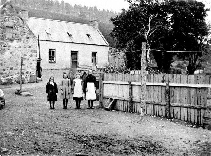 15 Stewart Daughters at Glenbuchat Mill
