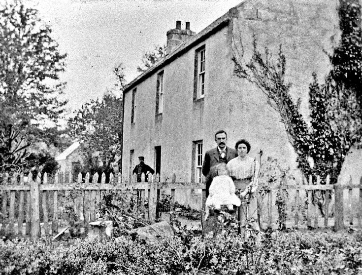 32 Mr Annand and Family at Schoolhouse Glenbuchat