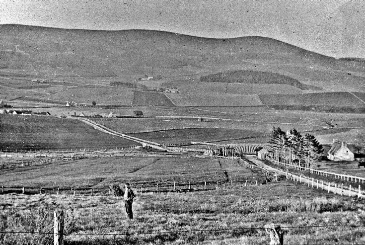 79 Craigton from the Deuchry Road Glenbuchat