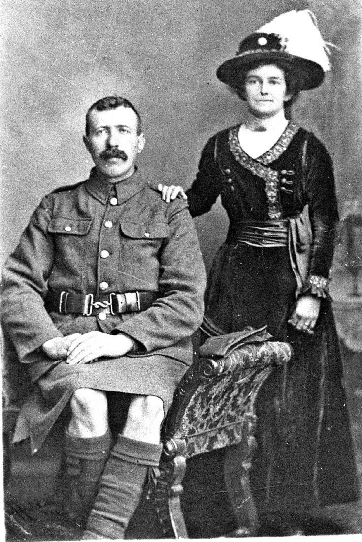 133 Soldier and Wife Glenbuchat