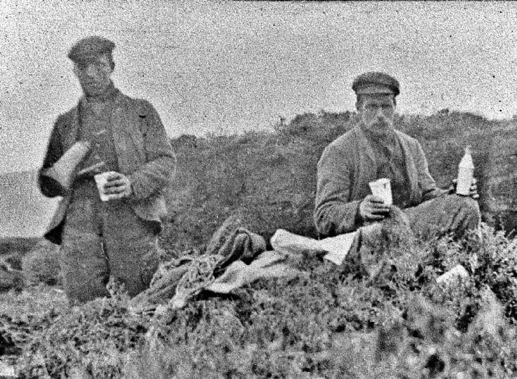 161 Tea Break Peat Cutting Glenbuchat