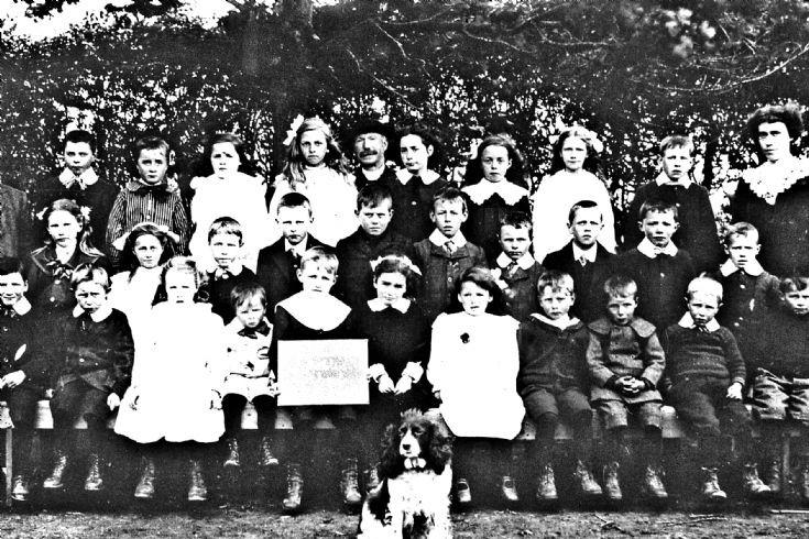 168 School Glenbuchat