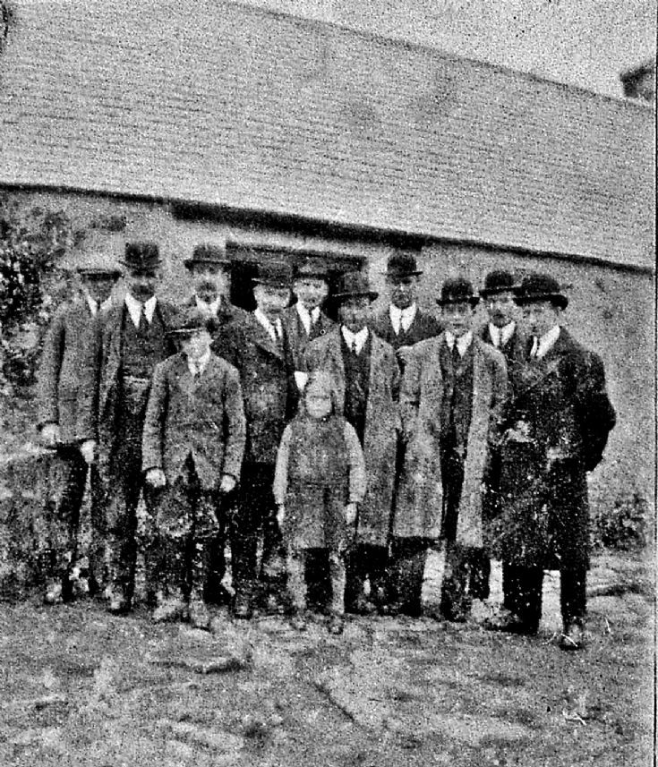 1 Funeral Group Balnagowan ?1920's