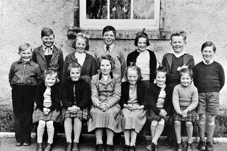 33 Glenbuchat School