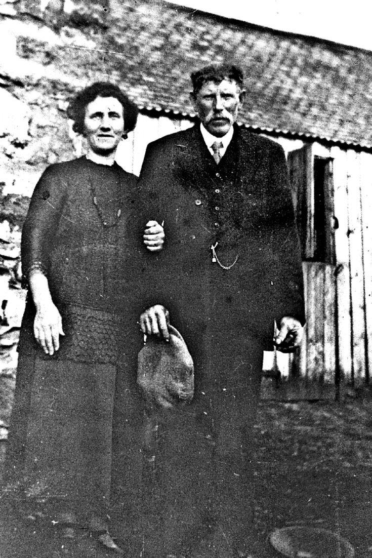 109 ?Mr & Mrs Thom Braehead Glenbuchat