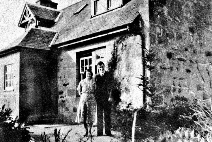 124 Couple at Maryfield Cottage Glenbuchat