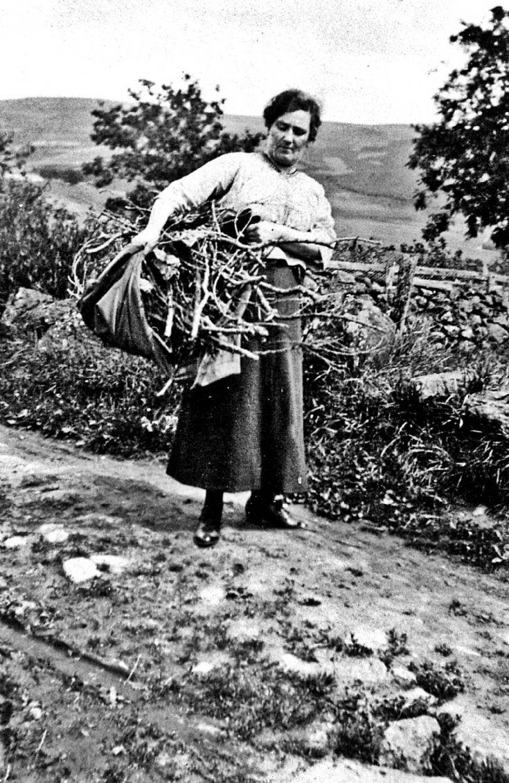 152 Mrs Thom Braehead Glenbuchat