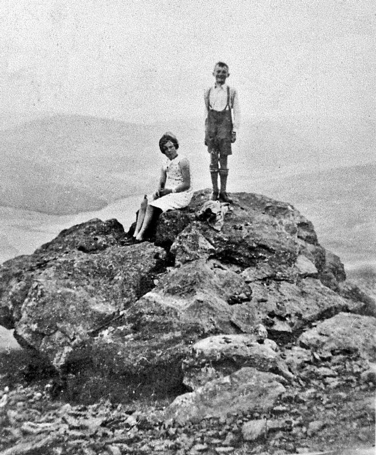 163 On the Garnet Stone Glenbuchat