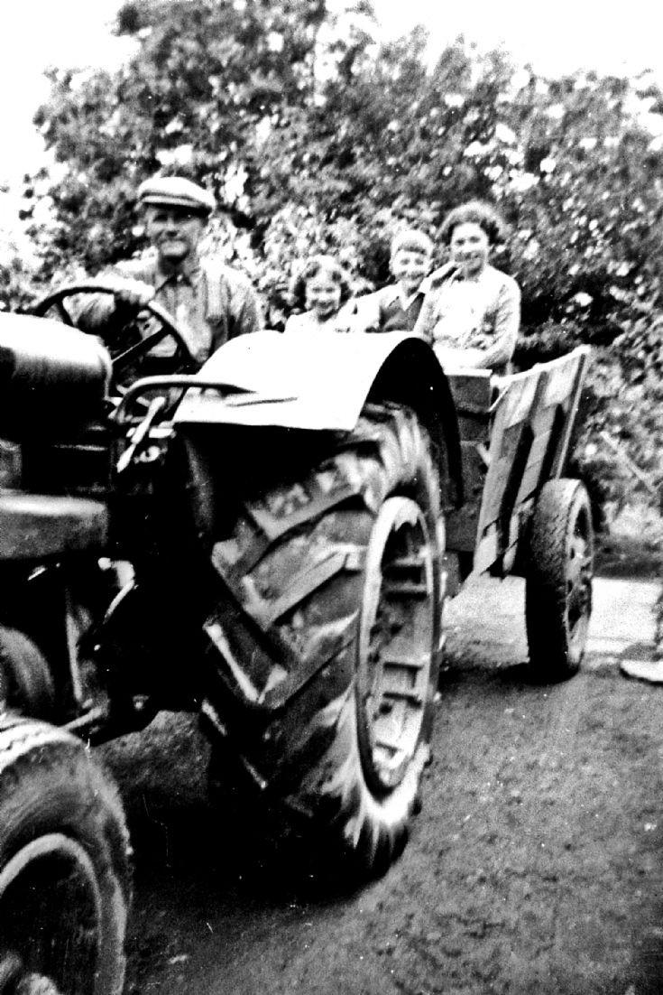 190 George Hay Craighead Glenbuchat and family