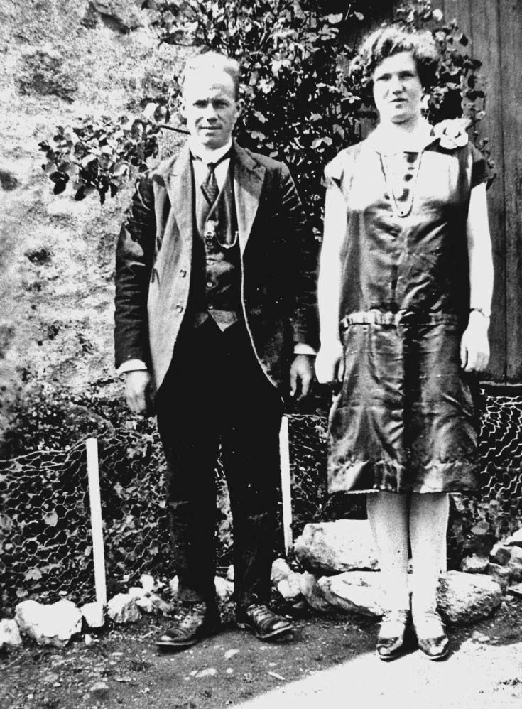 193 George Hay and sister Leah, Craighead