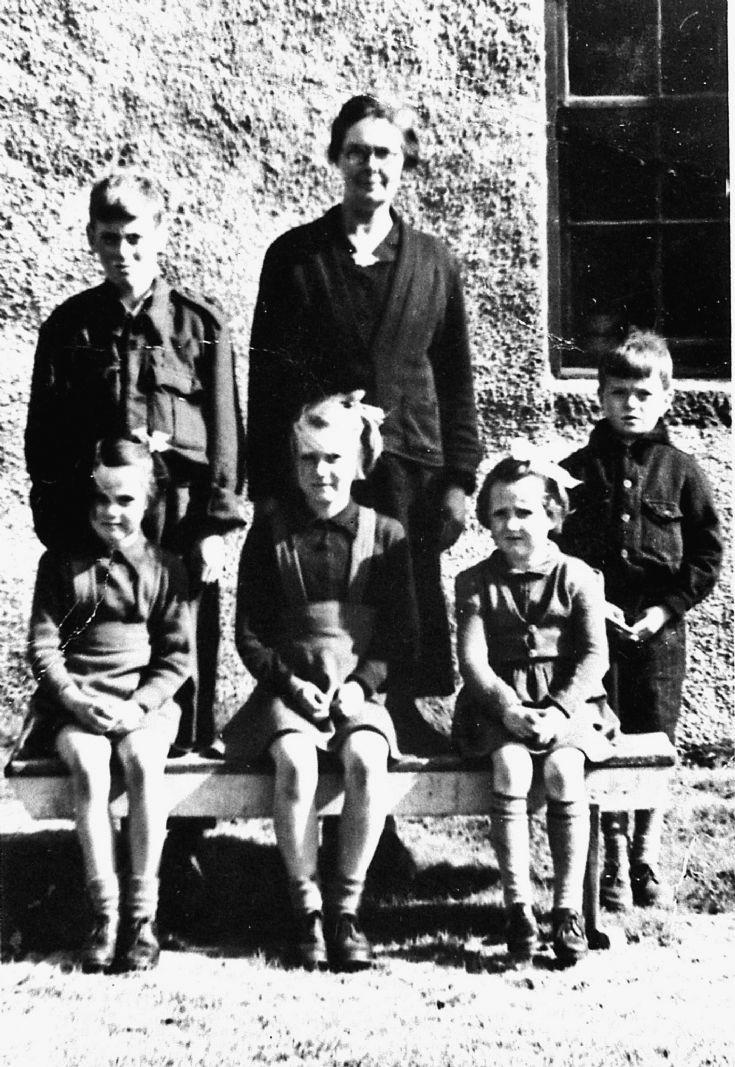 213 Balloch School  Glenbuchat School