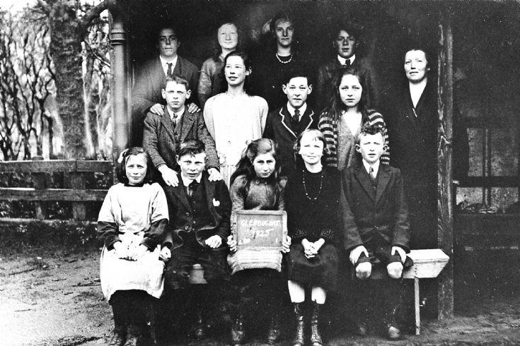 247 Glenbuchat  School 1925