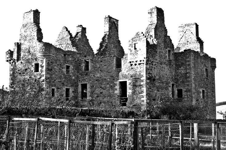 14 Glenbuchat Castle 1980