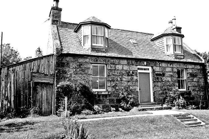 24 Craig Cottage Belnacraig Glenbuchat c1980