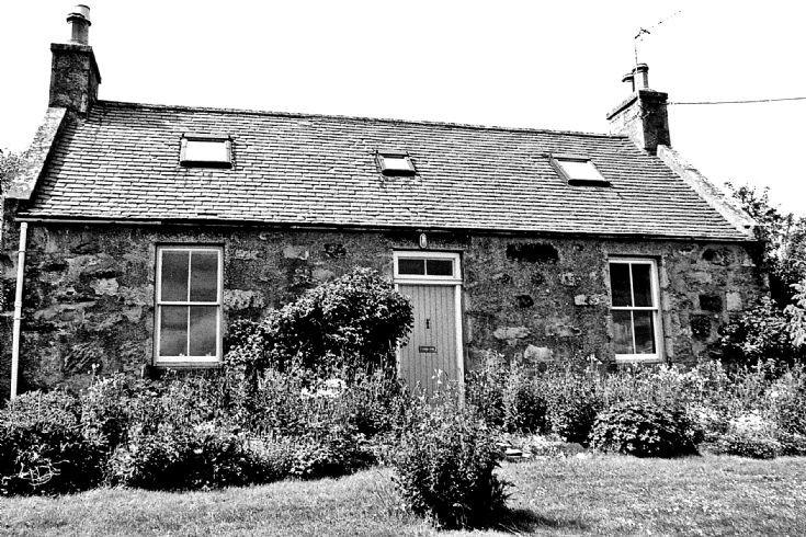 25 Braehead Cottage Belnacraig Glenbuchat c1980