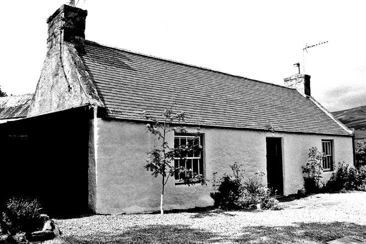 26 Balnagowan Cottage Belnacraig Glenbuchat c1980