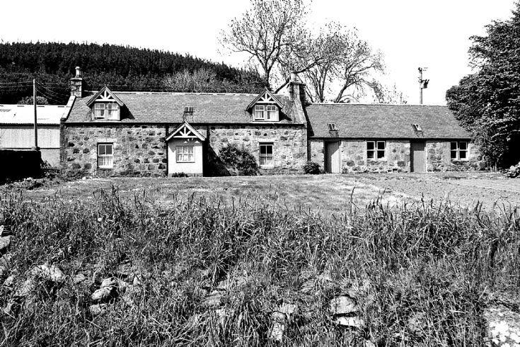 63 Sunnbrae Farm House Glenbuchat c 1980