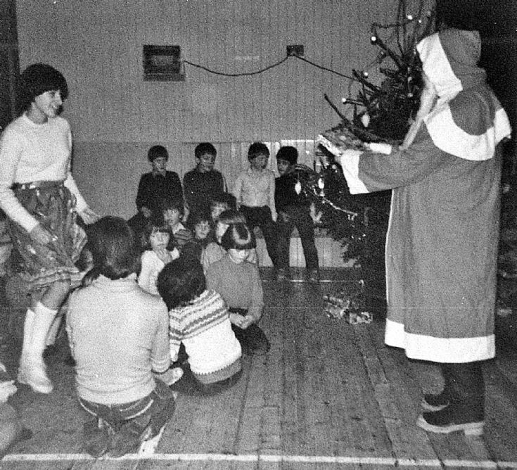 76 Christmas Party Glenbuchat Hall c 1980