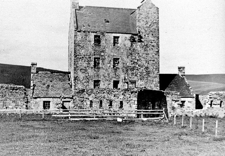 5 Strathdon Slides - Corgarff Castle c 1910
