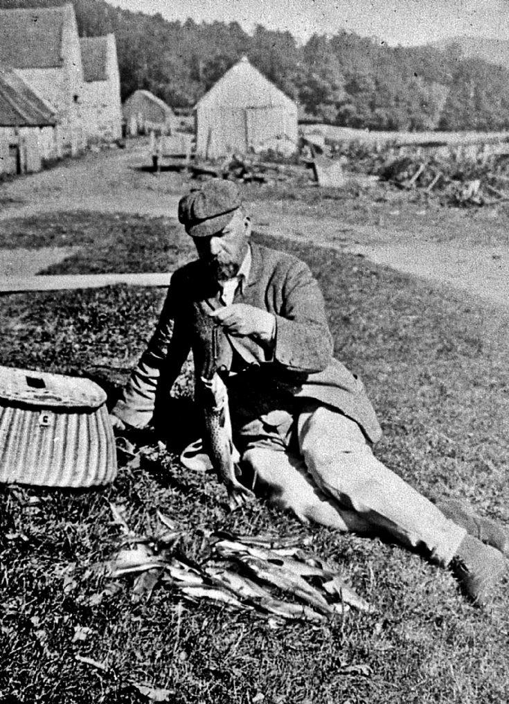18 Strathdon Slides - Angler