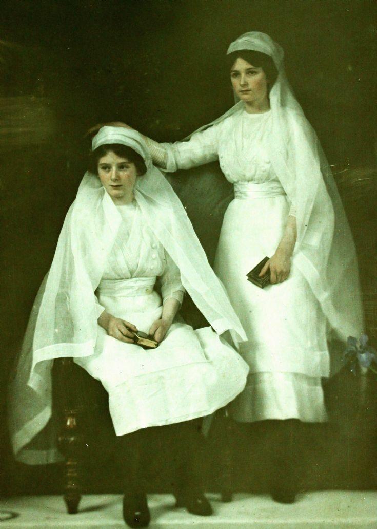 26 Sir Charles Forbes' daughters Newe Castle c1910