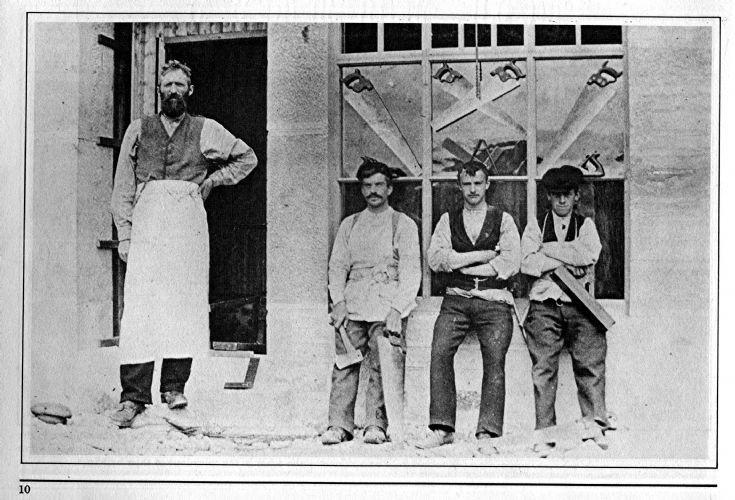 12 Carpenters at Shop Craigton