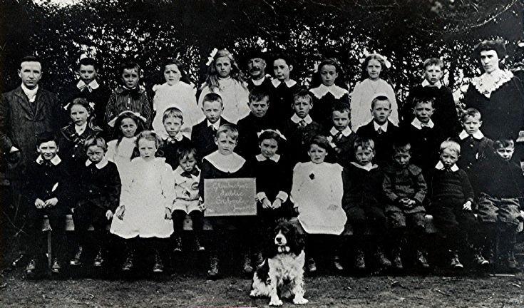 32 Glenbuchat Public School