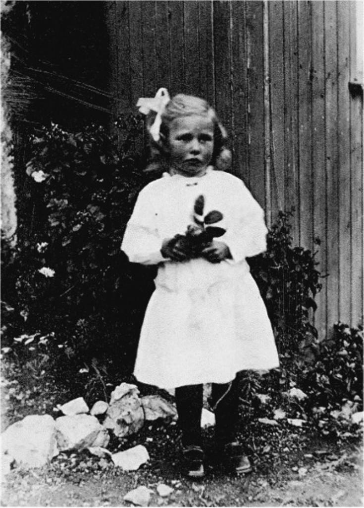 44 Anna Thomson Eastburn
