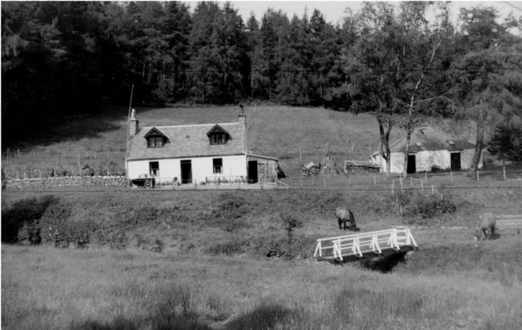 74 Upper Lodge Cottage