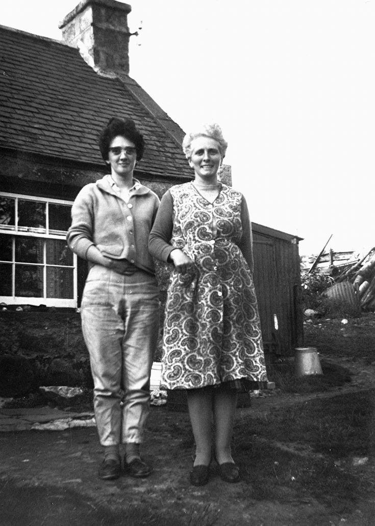 100 Rita and mum