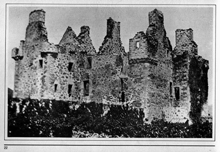 24 Glenbuchat Castle