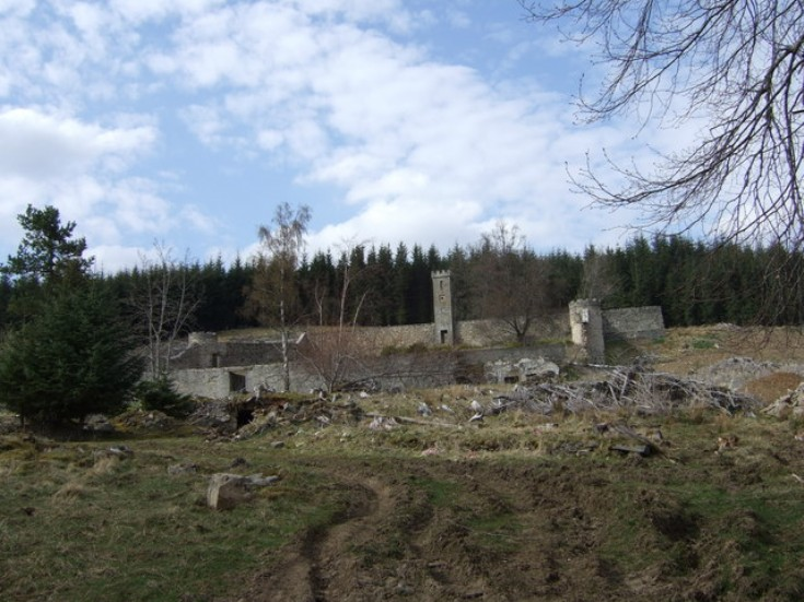 20 Auchernach: Site of House and Walled garden