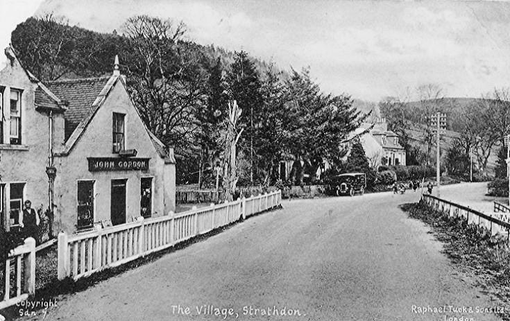 52 Bellabeg Shop 1920