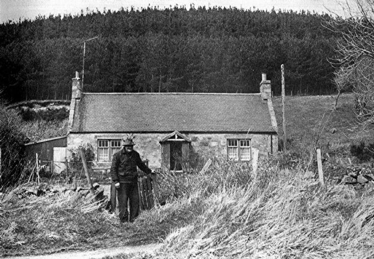 47 Balgrennie Cottage