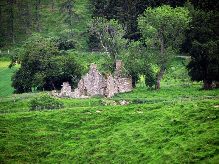37 Belnaboddach Farm Glen Nochty