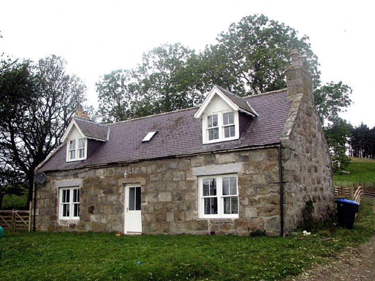 52 Blackhillock Farm Cottage