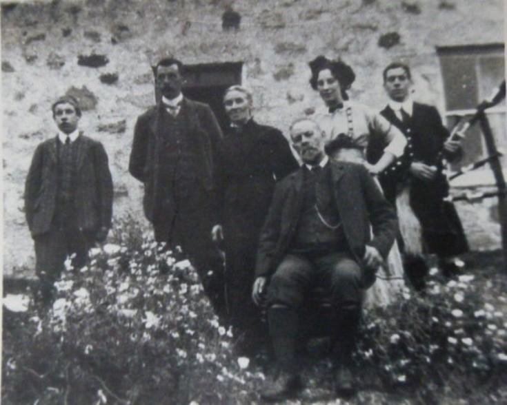 The MacKintosh Family, Murlaggan 1908