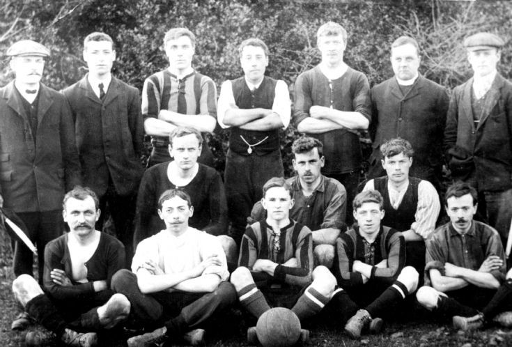 Handcross football team 1908