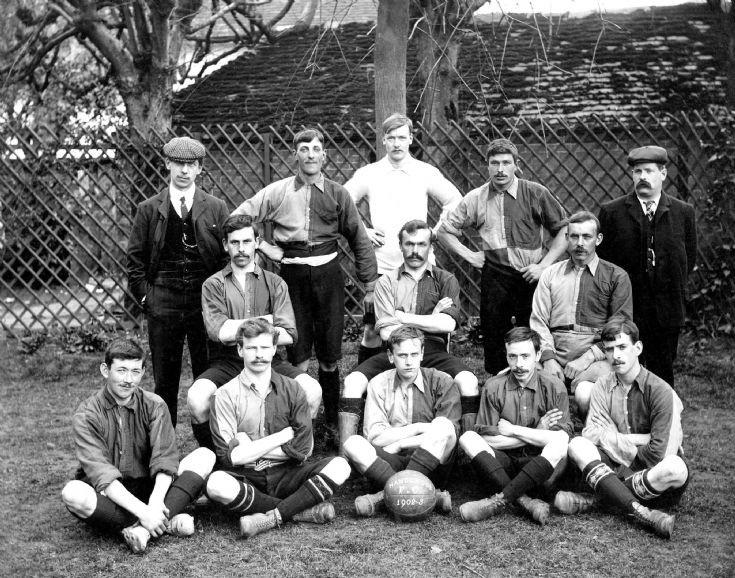 Handcross football team 1903