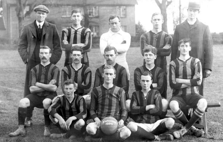 Handcross football team 1913/14