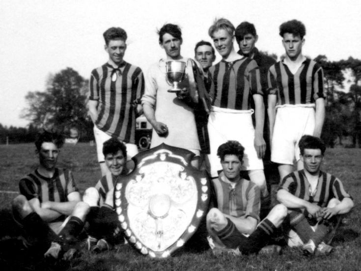 Handcross football team 1931