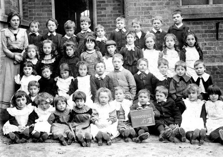 Handcross school in 1903
