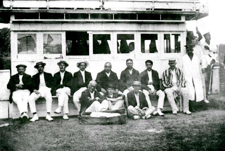 Pease Pottage cricket team 1915