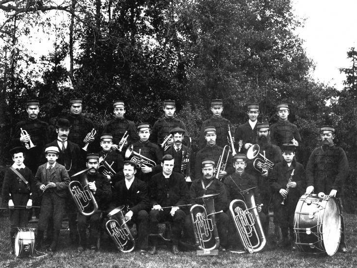 Handcross Band 1895