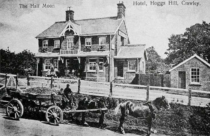 The Half Moon, Hoggs Hill