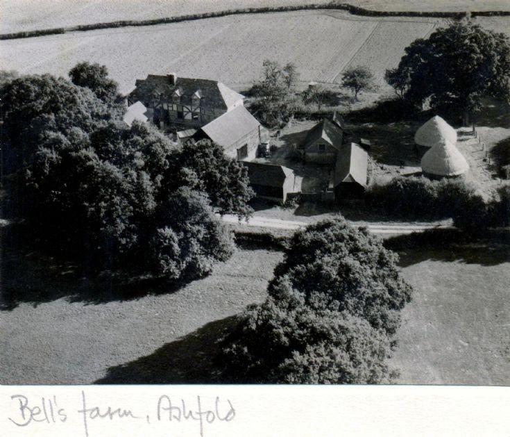 Bells Farmhouse, Slaugham